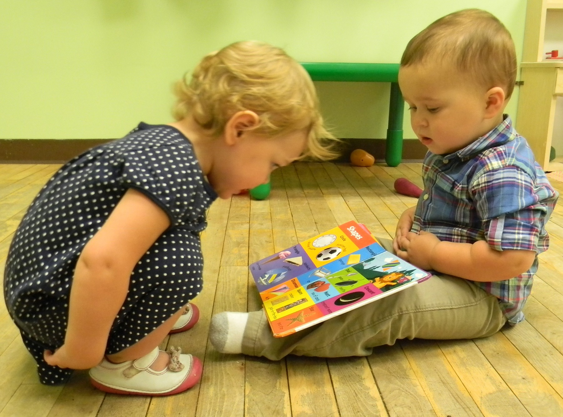 Two children reading